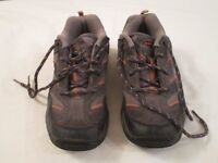 HITEC INVADA II LOW LACE JUNIOR HIKING SHOE SIZE 5