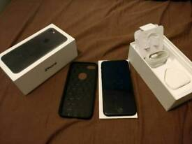 *Apple iPhone 7 Matte black 32gb, UNLOCKED boxed charger fully working