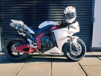 **YAMAHA R1 BIG BANG LIMITED EDITION **