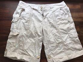 Ladies Mantaray Shorts - Size 14