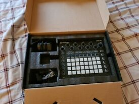 Novation Circuit Sampler Synthesizer and Sequencer (BOXED)