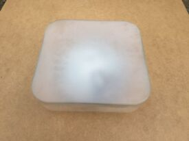 Square shaped glass ceiling light fitting