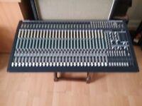 Behringer Eurodesk MX 3282A mixing desk