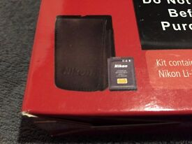 Nikon Coolpix s9 + p3 - battery and case pack