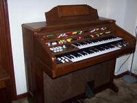 Yamaha D65 Electronic Organ