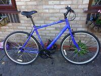 Mans hybrid bike in great condition