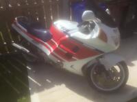 1989 HONDA CBR 1000cc £1450. Ono