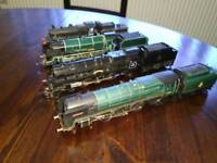 Hornby 00 four locos,trains for sale