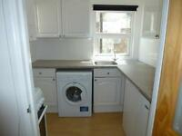 Excellent, comfortable one bedroom flat £420 pcm. Central location. Gas central heating.
