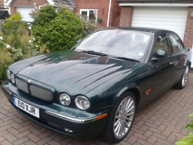 Jaguar XJR X350 2004 4.2 V8 Supercharged in Excellent condition