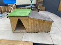 Dog kennel - insulated and waterproof for outdoors