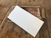 14 Gloss White 30x60cm Brand New Tiles