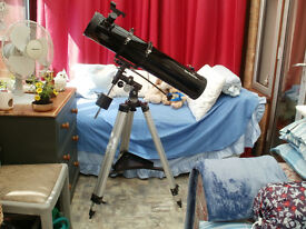 Skywatcher Telescope D = 130; F = 900 Immaculate Condition, Hardly Used