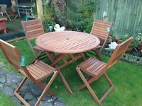 Garden Table and Chairs £110 ovno NEW