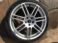 2 Audi 20 Le Mans wheels with tyres