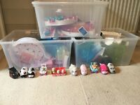 Zhuzhu pets multiple play sets and pets