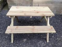 Garden furniture picnic table