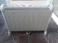 De'Longhi HCM2030 Convector Heater with Thermostat - 2 Kilowatt