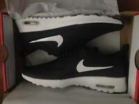 Women's Nike trainers size 5 brand new