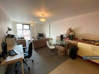 1 bedroom flat in Blantyre Street, Manchester, M15 (1 bed) (#1194398)