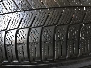 225/60/17 Michelin Xice 5-6/32