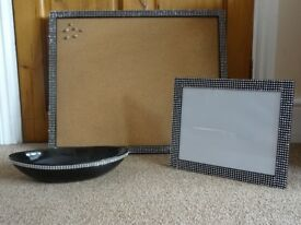 Memo Cork Board, Bowl Vase and Photo/Picture Frame