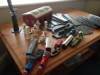 Thomas the tank Engine Train set with assorted trains ( ERTL)