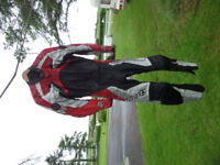 Hein Gericke Pro Sport motorbike motorcycle leathers in black/red/white -size 50. Calls only please.