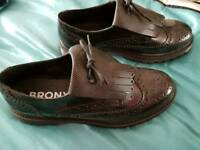 Bronx brogue ladies shoes size 8 new