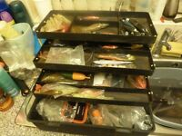 HUGE SEA FISHING TACKLE BOX AND TACKLE WITH ASSORTED BAIT ETC