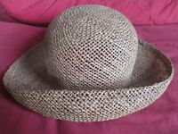 SILLY PRICE: Perfect Summer Straw Hat with Curling Brim