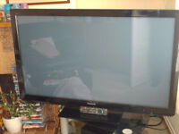 50 inch panasonic tv in perfect working order, selling due to upgrade to smart tv