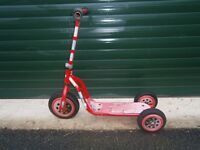 Child's Lightning McQueen scooter, red