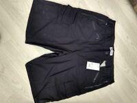 Men's cargo shorts 34-36w size L