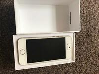 IPhone 5s unlocked 16gb( immaculate condition)