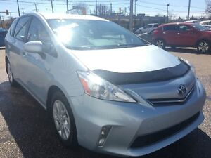 2012 Toyota Prius V HYBRID *BLUETOOTH* Kitchener / Waterloo Kitchener Area image 6