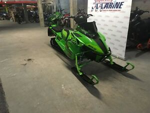 2017 arctic cat M8 M8000 Mountain Cat 3.0 Saguenay Saguenay-Lac-Saint-Jean image 2