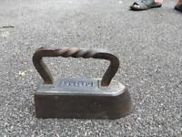 Caron flat iron