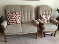 Nearly new 2 piece suite - 2 seater sofa and single chair