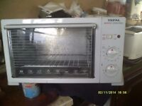 "AN OVEN / GRILL on a 13 amp PLUG , SPOTLESS CONDITION the ""TEFAL"" MAXI 18by12by12"" +++"
