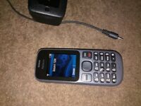 nokia mobile phone ee network with charger £5