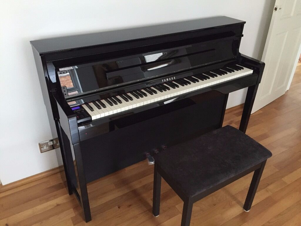 yamaha clp585pe clavinova digital piano black brand new in swindon wiltshire gumtree. Black Bedroom Furniture Sets. Home Design Ideas