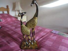 Giraffe ornament with 2 giraffes