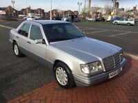 1995 MERCEDES E220 AUTO Silver W124, High Spec, Low mileage, Very tidy condition
