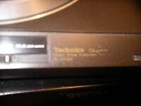 Technic Quartz SL-QX200 Turntable DJ Nightclub and Home use