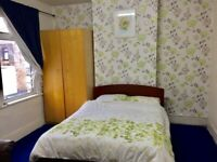 Double room in Eastham for rent in an Indian Family Home