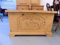 Beautiful Solid Pine Linen Box Ottoman Laundry Chest