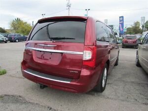 2012 Chrysler Town & Country Limited   NAV   CAM   LEATHER   ROO London Ontario image 7