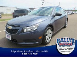 2013 Chevrolet Cruze LS! Cruise! Traction! Bluetooth!