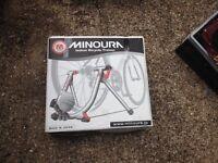 Minoura M70 bike trainer